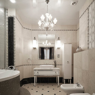 Удачное сочетание для дизайна помещения: главная ванная комната в современном стиле с белыми фасадами, настольной раковиной, белой столешницей, фасадами островного типа, гидромассажной ванной, биде, разноцветной плиткой, разноцветными стенами и разноцветным полом - самое интересное для вас
