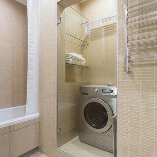 Cette photo montre une salle de bain tendance de taille moyenne.