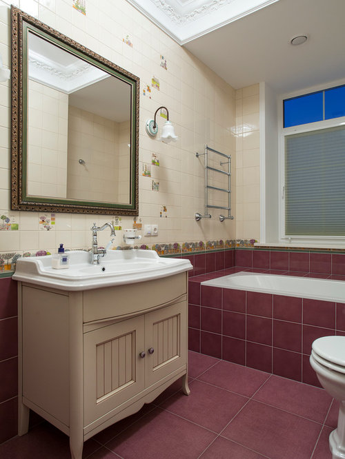 Traditional kids bathroom idea in Moscow with louvered cabinets, beige ...