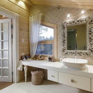 Неиссякаемый источник вдохновения для домашнего уюта: ванная комната в стиле рустика с плоскими фасадами, белыми фасадами и настольной раковиной