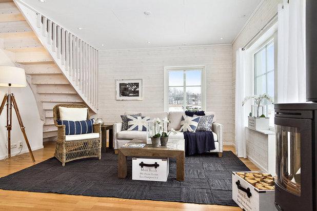 Beach Style Living Room by Mix Interiör