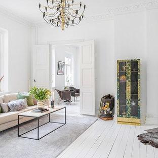 Inspiration för mellanstora skandinaviska allrum med öppen planlösning, med ett finrum, vita väggar och målat trägolv