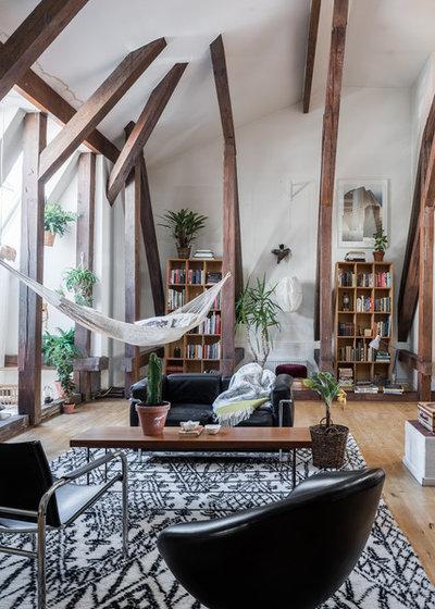 Resort Living Room by Even Steven Agenturer