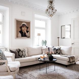 Idéer för mellanstora minimalistiska separata vardagsrum, med vita väggar, ljust trägolv och beiget golv