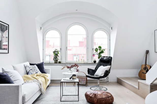 Scandinavian Living Room by Bjurfors Göteborg