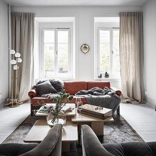 Idéer för att renovera ett mellanstort minimalistiskt separat vardagsrum, med ett finrum, vita väggar, målat trägolv och vitt golv