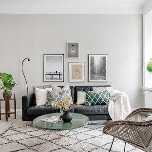 Idéer för mellanstora skandinaviska separata vardagsrum, med vita väggar, ljust trägolv och beiget golv