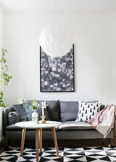 Scandinavian Living Room by Prettypegs