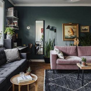 Idee per un soggiorno contemporaneo di medie dimensioni e aperto con sala formale, pareti blu, parquet chiaro e nessuna TV