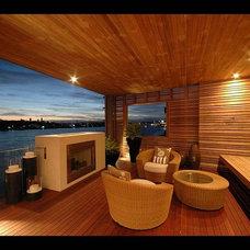 Modern Porch by Allkind Joinery & Glass Pty Ltd