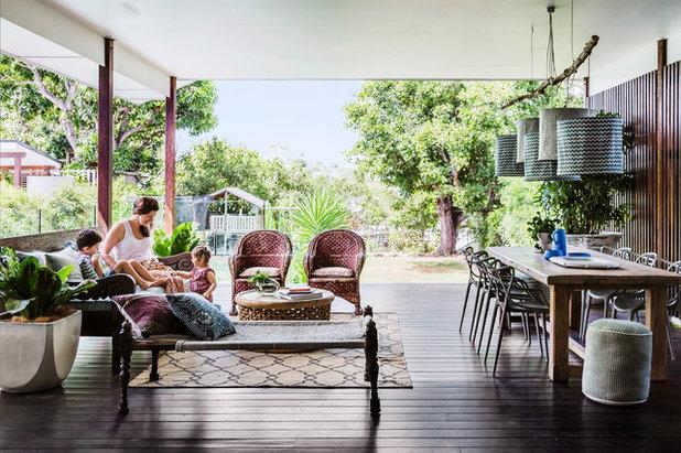 Contemporary Verandah by Penman Brown Interior Design