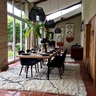 Une décoration éclectique pour un grand espace convivial