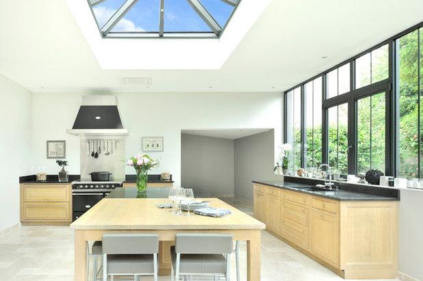 3 cuisines sous v randa se tournent vers le jardin. Black Bedroom Furniture Sets. Home Design Ideas
