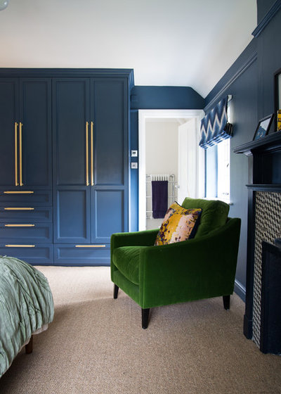 Transitional Wardrobe by Smartstyle Interiors