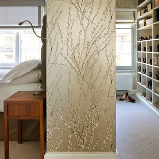 Example of a trendy closet design in London