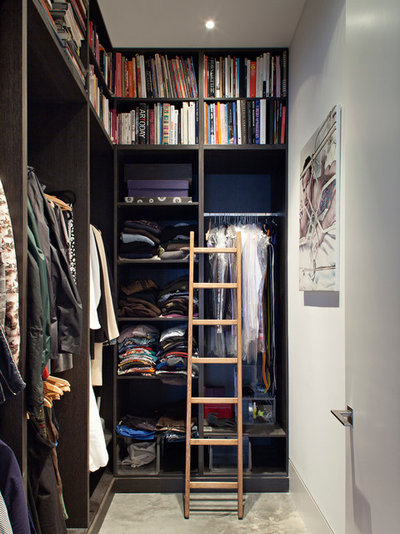 Contemporary Closet by Chris Dyson Architects