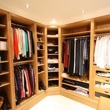 Traditional Closet by Heaven & Stubbs Bespoke Furniture Ltd