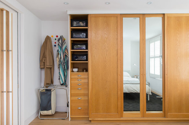 Contemporary Wardrobe by Martyn Clarke Architecture