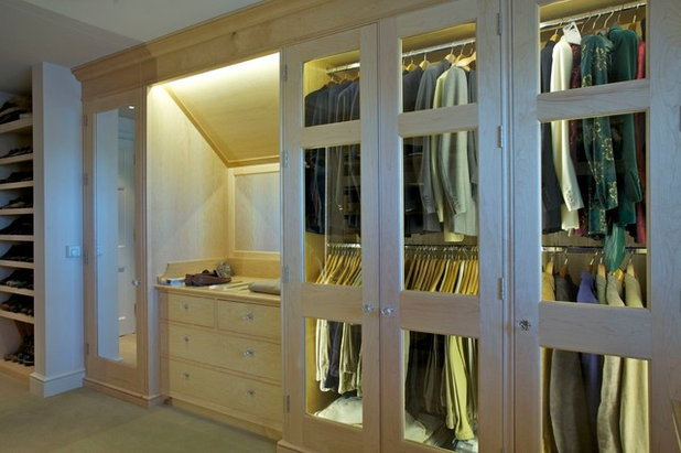 Modern Wardrobe by Rupert Cordle Town & Country
