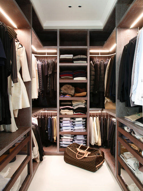 Best walk in closet designs home design ideas pictures for Designs for walk in closets