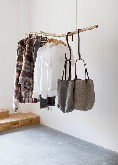 Skandinavisk Förvaring & garderob by Ard Bia Interiors