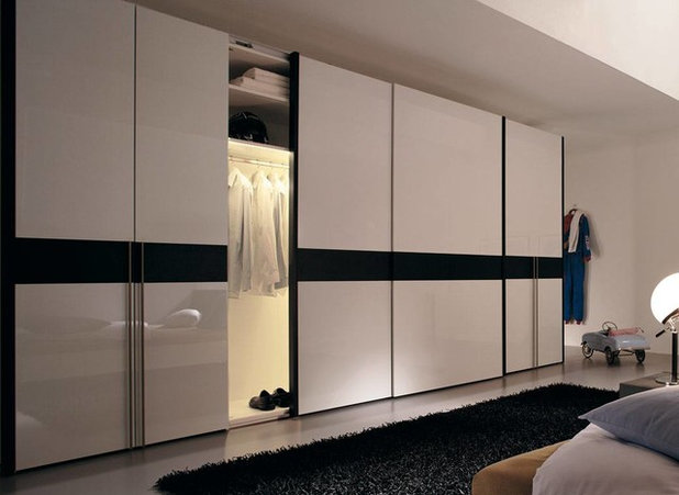 Contemporary Wardrobe by Fitted Wardrobes & Bedrooms