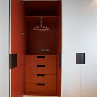 Modernes Ankleidezimmer in London