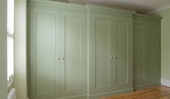 Traditional fitted wardrobe