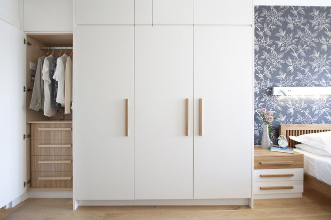 Contemporary Closet by Increation