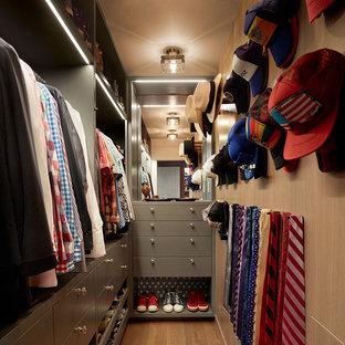 Foto på en eklektisk garderob