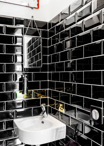Trendy Lille badeværelse by Espaces à Rêver