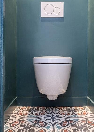 Scandinave Toilettes by Mon Concept Habitation | Paris, Lille, London