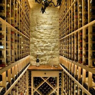 Cette image montre une cave à vin méditerranéenne.