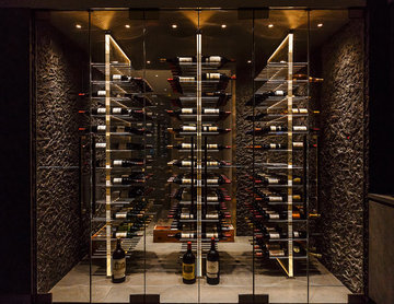 Acrylic wine room in NYC
