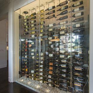 ダラスのトランジショナルスタイルのおしゃれなワインセラーの写真