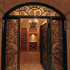 mediterranean wine cellar by Fratantoni Luxury Estates