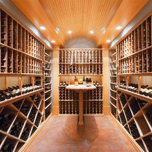 Réalisation d'une cave à vin tradition avec des casiers.