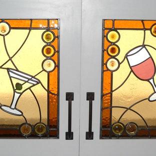 ダラスのエクレクティックスタイルのおしゃれなワインセラーの写真