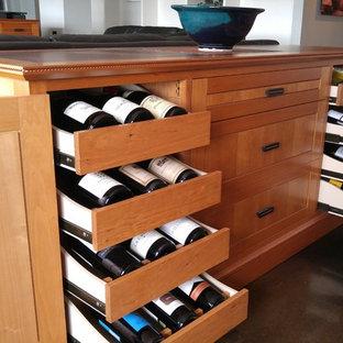 Inspiration pour une cave à vin craftsman.
