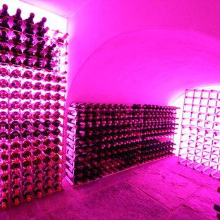 Réalisation d'une cave à vin design.