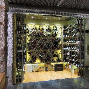 Commercial Custom Wine Cellars (+ 1000 bottles)