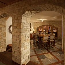 Traditional  by Johnson Design Inc.