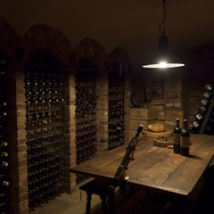 traditional wine cellar by Design-OD
