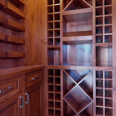 traditional wine cellar by Veranda Estate Homes & Interiors