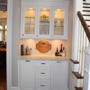 シャーロットのエクレクティックスタイルのおしゃれなワインセラーの写真