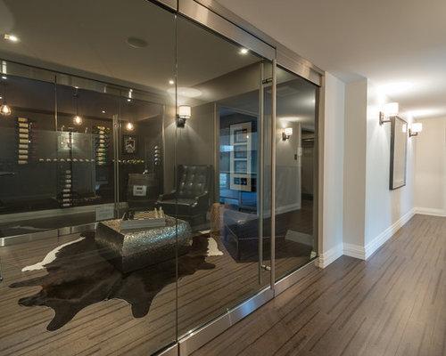 moderner weinkeller mit korkboden ideen design bilder houzz. Black Bedroom Furniture Sets. Home Design Ideas