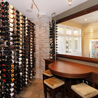 Inspiration för klassiska vinkällare, med vindisplay