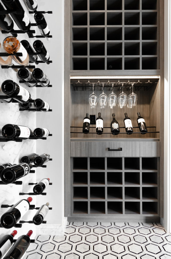 Forest Heights Home Bar & Wine Cellar