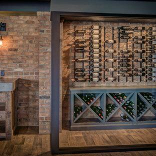 Idées déco pour une cave à vin campagne avec un sol en vinyl et des casiers losange.