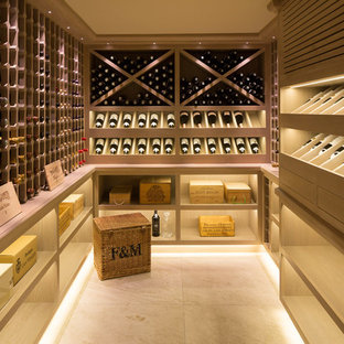 Cette photo montre une cave à vin victorienne.